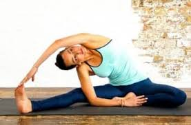 how long should you hold a yoga pose for maximum health